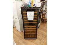 baumatic beautiful wine cooler- black with wooden shelfs
