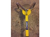 Bulldog wheel clamp medium