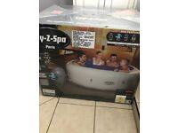 Lazy spa hot tub Paris BNIB