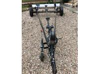 boat trailer for up to 17ft boat/550kgs. Tows fine but needs welding work.