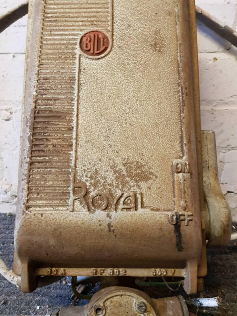 Enjoyable Retro Bill Royal Cast Iron Vintage Antique Electrical Fuse Box Royal Wiring 101 Cabaharperaodorg