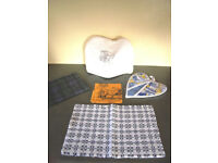 Collection of kitchen textiles: tea towel; pan grab; tea cosy; place mat; napkin. £1.50 the lot