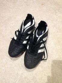 hygjt Brand new Nike roshe runs. U.K. Size 9. Rare | in Sunderland, Tyne