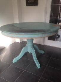 Shabby chic solid wood table O.n.o need the space