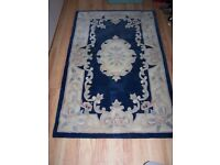 blue and cream rug 5 ft x 3 ft smoke free pet free home £ 15
