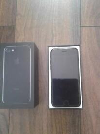 iPhone 7 32gb unlocked jet black like new