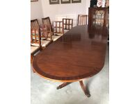 Lovely expensive oval polished DINING TABLE, solid wood (mahogany or rosewood?), pedestal legs