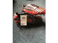 Rugby boots size 7 (never worn)