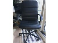 Desk Chair - black
