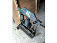 Hydraulic block, brick and slab cutter. Bargain price to clear...........