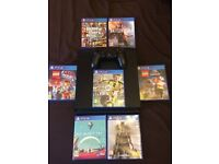 PS4 WITH 7 GAMES (ALL DISC)