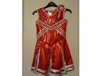 Cheerleader Dress and Pompoms Age 5-8 yrs New with tags