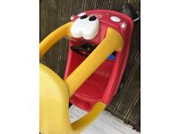 Little Tykes Cozy Coupe ride on red car - even got the key!