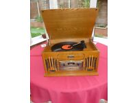 Retro stereo record player with CD/Tape/Radio. Very good condition, hardly used