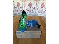 BROOKS RUNNING SPIKES SIZE UK 6