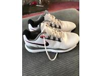 Golf Shoes Nike TW14's Size 8