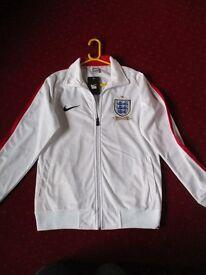 Nike ENGLAND top