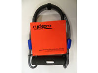High Security Raleigh Protector D Shackle Bike Lock With Extra Armoured Cable Located in Bridgend