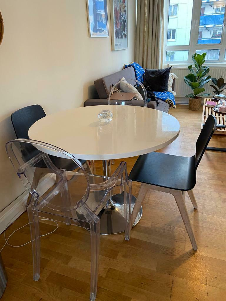 used  housejohn lewis white round dining table  in
