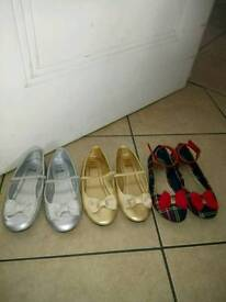 3 pairs of girls shoes