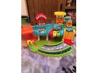 Vtech Baby Toot Toot Drivers Garage good condition with two cars.