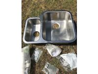Stainless Steel Kitchen Sink 1.5 Bowl. Perfect For Granite / Marble Fitted Unit