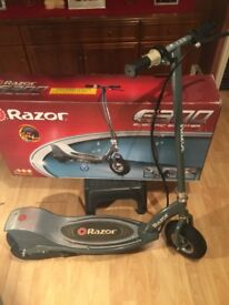 Razor E300 electric scooter very little use
