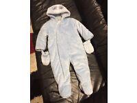 snowsuit/ pram suit baby boy 9-12 month(new)