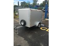 TOW A VAN trailer 6 x 4 x 5 in as new cond with spare