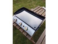 selling new gas grill +cylinder