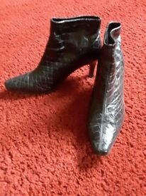 Ladies Clarks Black Patent Boots