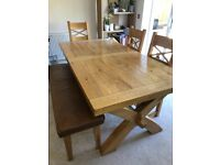 Quality Oak Expandable Dining Table