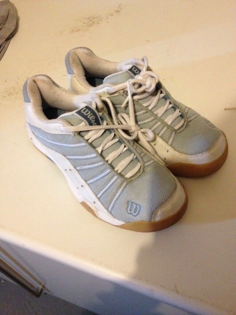 Women's squash trainers
