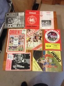 8 X vintage Leyton orient programs 70s 80s autograph pick up from kessingland matchday football