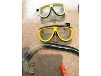 Snorkelling equipment 2 x masks and snorkel, one pair of small flippers