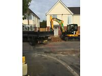 MINI DIGGER / OPERATOR & GROUND WORKERS FOR HIRE