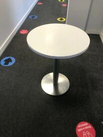 office round table white