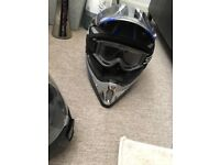 Motor rods helmet with goggles
