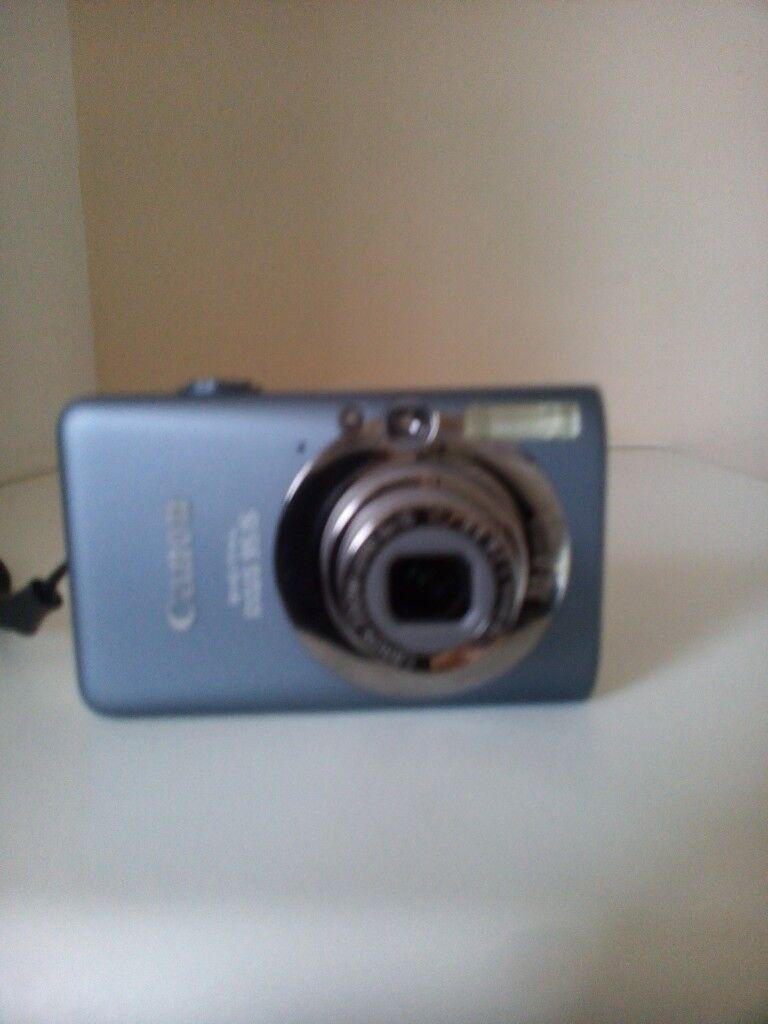 Canon Digital IXUS 95 IS Digital Camera (Grey) with 10 MP, 3.0 x