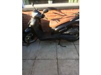 Scooter moped 300