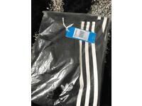 Men's adidas medium genuine trousers