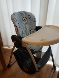 Chicco highchair - reclining positions, catch/storage basket