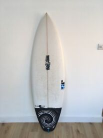 JS Black Box 2 surf board 5'11