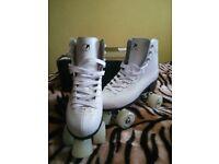 Female roller skates, brand NEW