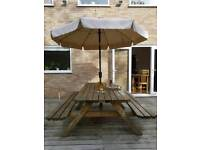 Garden pub bench with parasol and base