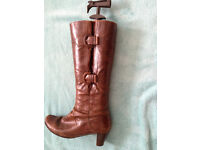 BROWN LEATHER 'GABOR' womens boots. Below knee. Inside zip. For Sale