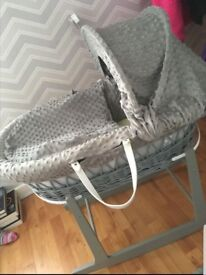 Moses Basket . With matching sheets