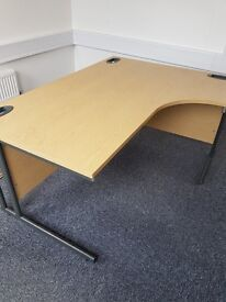 right handed curved oak effect office desk 1600mm