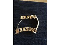 9ct gold vintage mens bracelet 63gms hall marked London 1975 absolutely lovely ideal gift