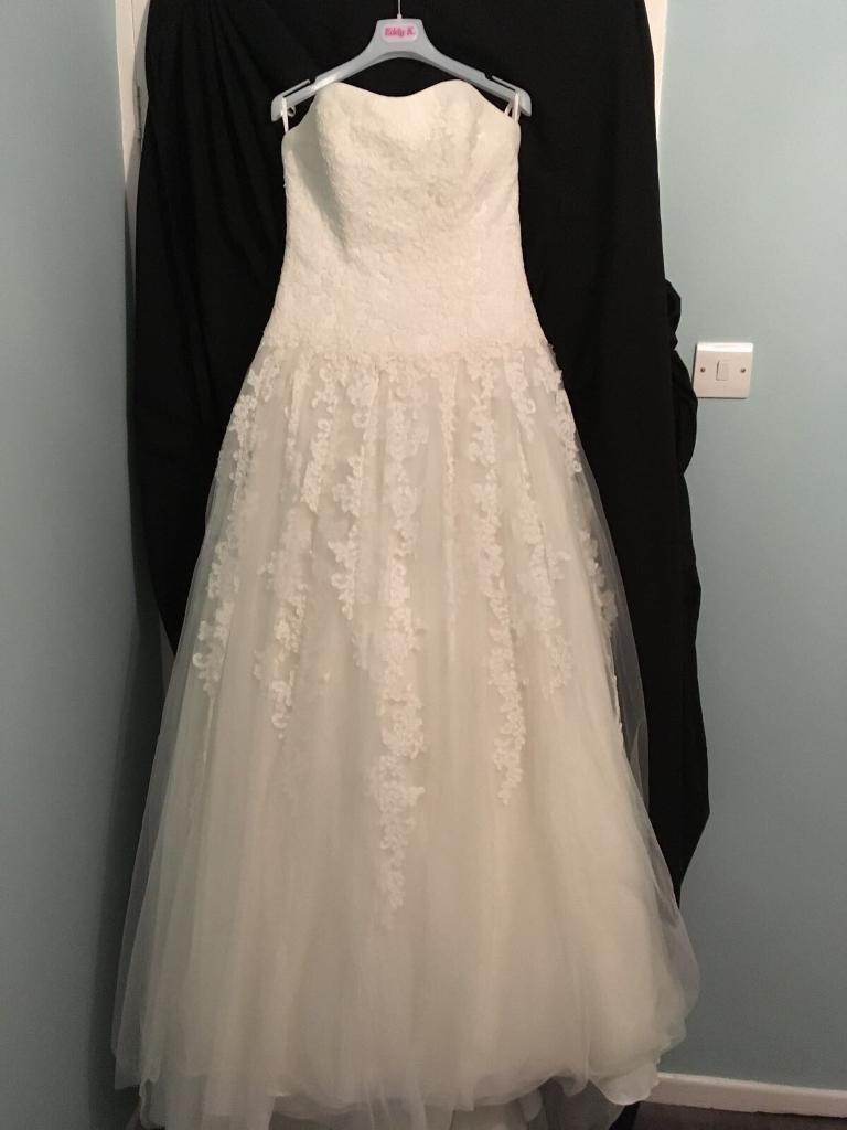 NEW Wedding Dress Size 12 by White One
